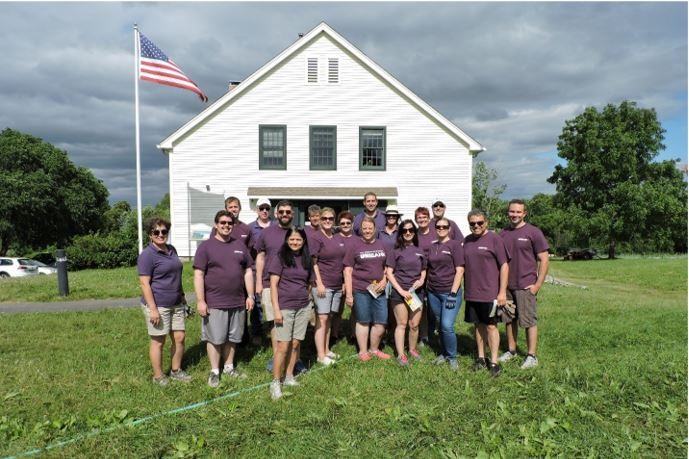 UniBank employees volunteering at Community Harvest Project